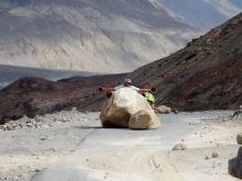 Inde, Ladakh - Attention, chute de pierre !